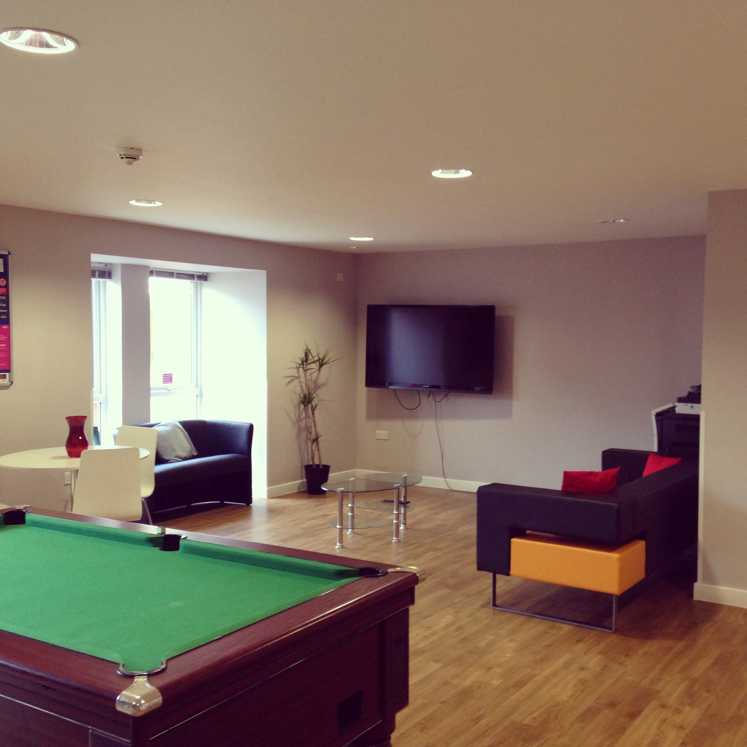 Accommodation Options In Oxford Regent - Regent pool table